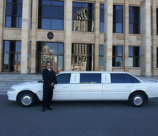 Feel an imperial soothe with limousine